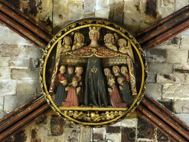 http://kamimura.com/wp-content/uploads/2020/12/Barcelona_La_Catedral_Clave_de_b%C3%B3veda_de_la_Virgen_de_Misericordia_2015.jpg